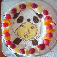 パンダの着ぐるみ、似顔絵ケーキ