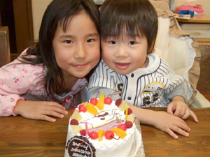E4系MAX新幹線のイラストケーキ