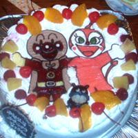 アンパンマン、ドキンちゃん、ばいきんまんのケーキ