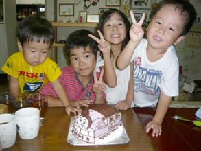 キャラクター 立体 ケーキ