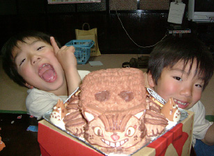 トトロ、ネコバスの立体ケーキ