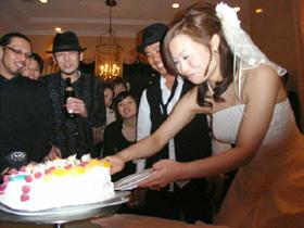 ウエディング、立体ケーキ