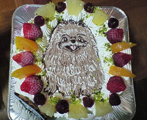 ポメラニアン犬の似顔絵ケーキ