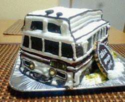 ワイドビューひだ、電車の立体ケーキ
