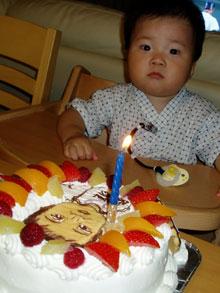 1歳誕生日、似顔絵ケーキ