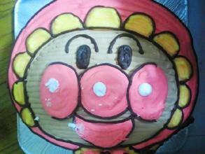 ベビー、アンパンマンの顔型 立体ケーキ