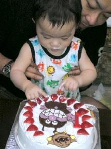 ばいきんまん、アンパンマンのケーキ