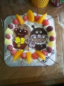 アンパンマン、ばいきんまん、ケーキ