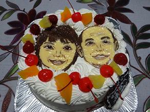 カップル似顔絵ケーキ