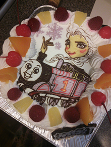 きかんしゃトーマスとエルサのケーキ