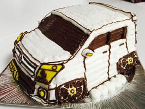 スズキ車の立体ケーキ