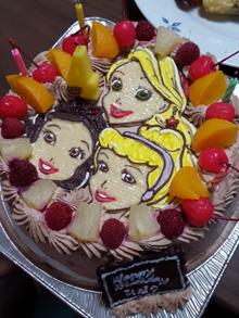 キャラクターケーキ