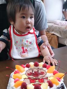 アンパンマンのキャラクターケーキ