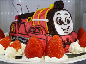ジェームス (きかんしゃトーマス)の立体ケーキ