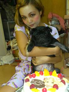 犬と彼女の似顔絵ケーキ