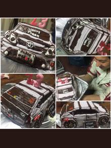 トヨタ車の立体ケーキ