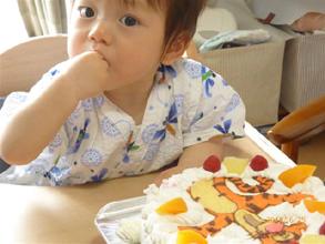 ティガーのキャラクターケーキ