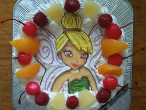 ティンカーベルのキャラケーキ、お子様のお誕生日