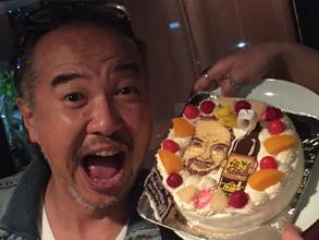 パパの誕生日、似顔絵ケーキ