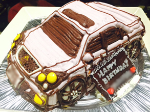 愛車の立体ケーキ