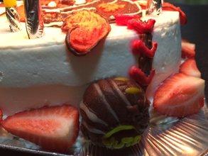 グローブのマスコットケーキ