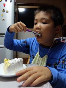 レゴ2体のキャラケーキ、お子様のお誕生日