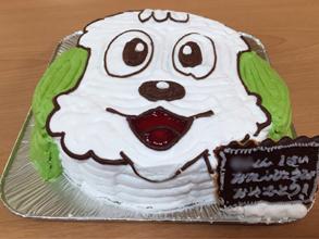 ワンワンの顔型立体ケーキ