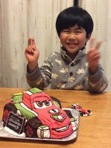 車のキャラクター立体ケーキ
