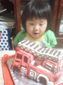 消防車、はしご車の立体ケーキ
