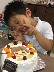 いないいないばあのゆきちゃんのキャラクターケーキ(2)