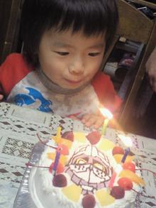仮面ライダーブレイブのキャラクターケーキ