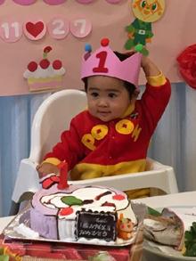 1歳のお誕生日、アンパンマン、コキンちゃんの顔型立体ケーキ