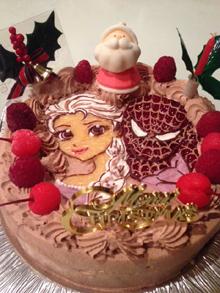 サンタのマスコット付きクリスマスケーキ