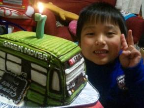 誕生日、グリーンムーバの乗り物立体ケーキ