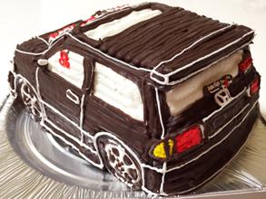 ホンダ車の立体ケーキをプレゼント
