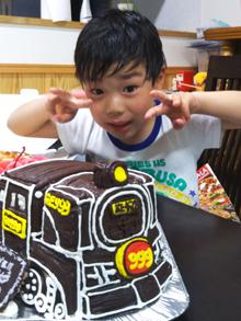 誕生日、銀河鉄道999の立体キャラクターケーキ