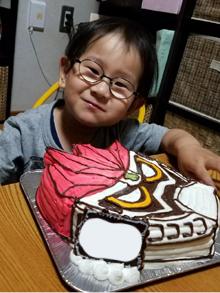 顔型立体キャラクターケーキ
