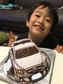 マツダの車の立体ケーキ