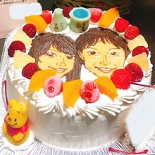 マスコット付き似顔絵カップルケーキ