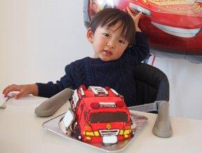消防車の立体ケーキ豆乳ケーキ