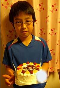 仮面ライダーカブトのキャラケーキ、お子様のお誕生日