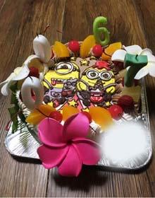 チョコ&生ハーフ クリーム、ミニオンのキャラケーキ