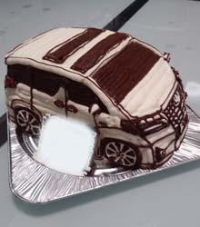 愛車の立体ケーキ、ご家族のお誕生日