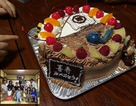 マスコット付きキャラケーキ、ハーフ&ハーフケーキ、喜寿のお祝い