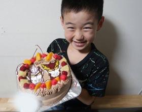 ウルトラマンのキャラケーキ、お子様のお誕生日
