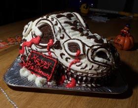 恐竜のガイコツ立体ケーキ、ハロウィン