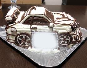 車の立体ケーキ、恋人のお誕生日