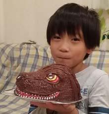 """ゴジラの顔型立体ケーキ、お子様のお誕生日"""""""