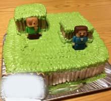 マインクラフトのマスコット付き立体ケーキ