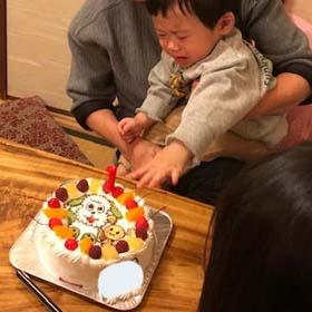 ワンワン・うーたんのキャラケーキ、1歳のお誕生日